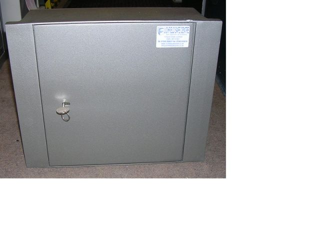Britannia Safes Floorboard Safe - FB2
